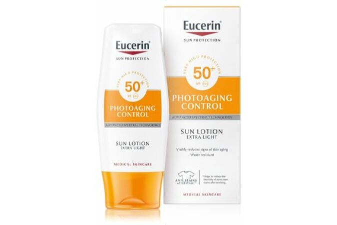 Eucerin Sun Photoaging Control naptej testre FF50 150ml
